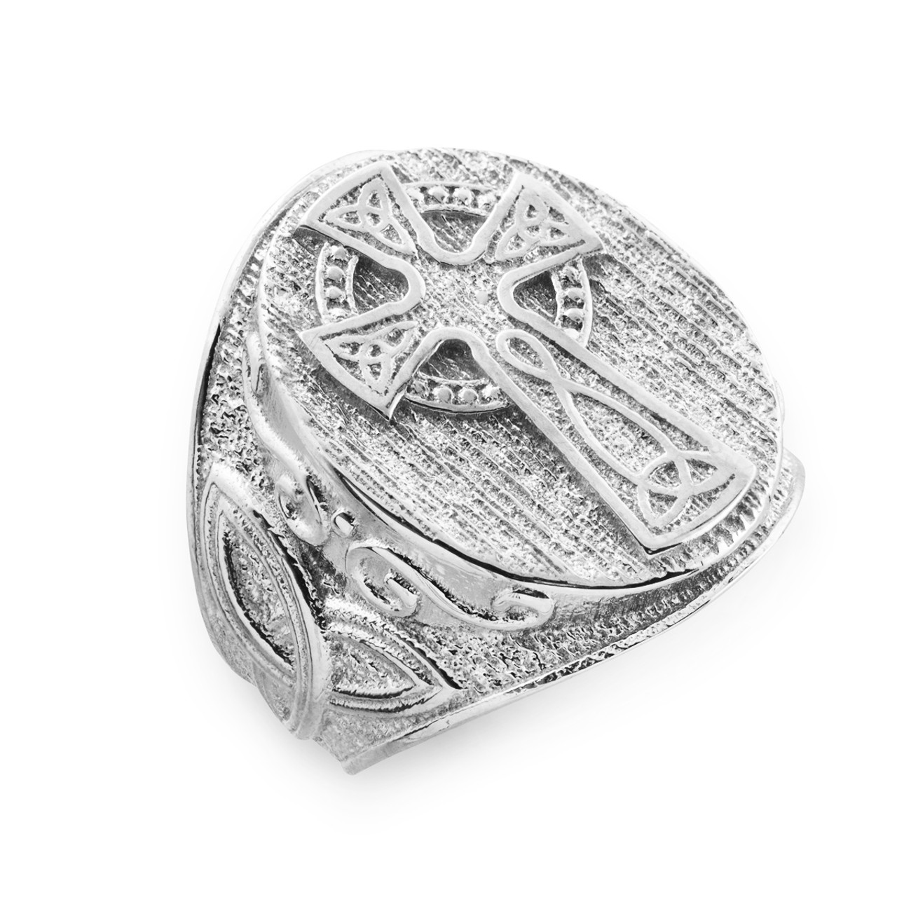 men 39 s white gold celtic cross trinity knot ring celtic. Black Bedroom Furniture Sets. Home Design Ideas