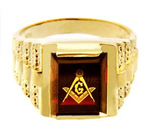 Freemason Red Garnet Square and Compass Gold Masonic Men's Ring
