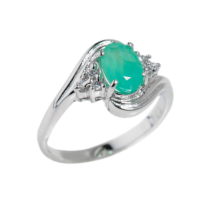 Oval Shaped Emerald Gemstone Ladies Ring