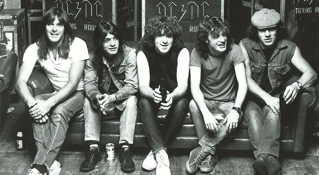 AC/DC: Bridging the Gap between Rock and Heavy Metal