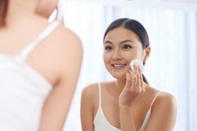 Alcohol in Your Skin Care: The Good, the Bad, the Beautiful