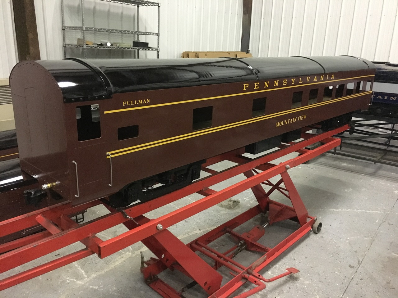 Pullman Car Body, Smooth (Assembled)