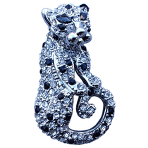 ReadyGolf - 3D Silver Jaguar /Panther Ball Marker & Hat Clip with Crystals