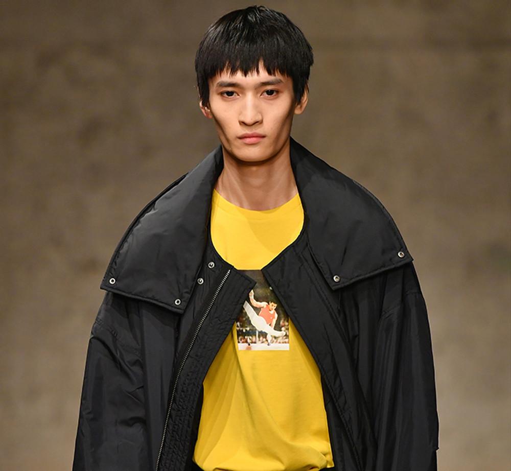 Li-Ning New York Fashion Week Tee AHSN741-1
