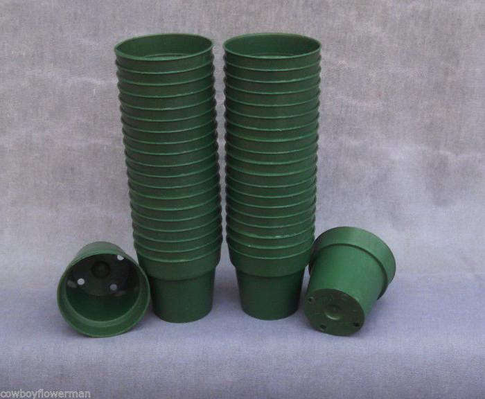 "Green Round 2 1/4"" Heavy Plastic Flower Pots"