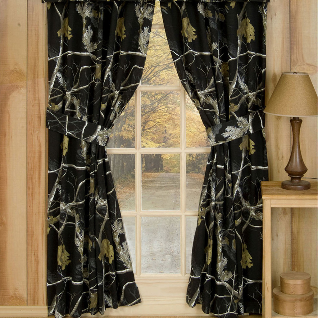Realtree Camo Window Drapes in AP Black