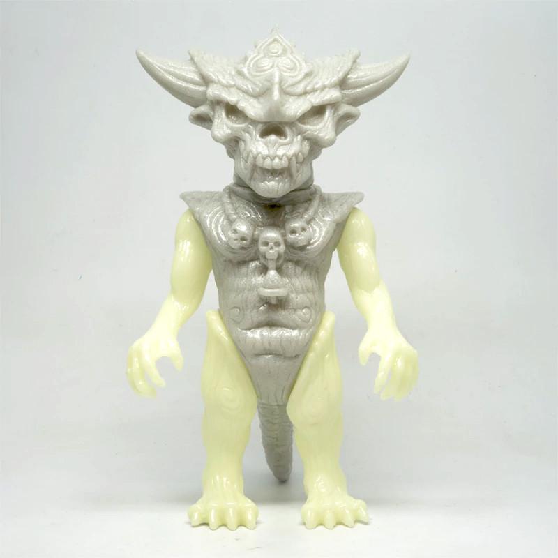 Silver Glow Mixed Parts Apalala by Devilboy *SOLD*