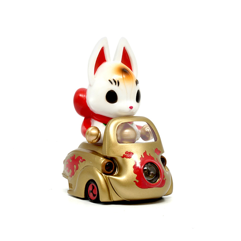 Lumisofvi : Konta White Set (Mini Figure with Light-up Car + Base) PRE-ORDER SHIPS OCT  2018