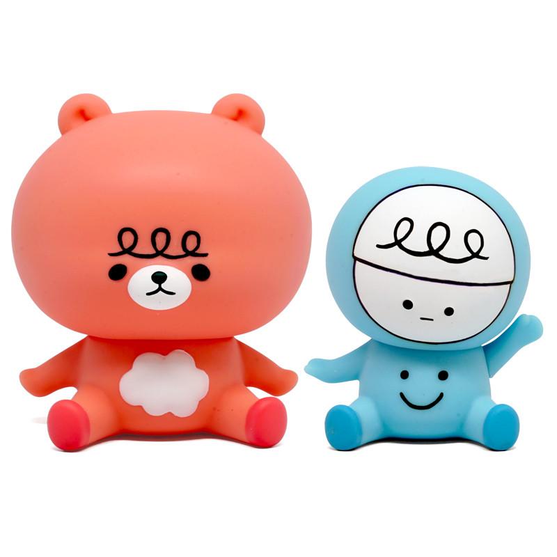 Moka Bear and Weiwei