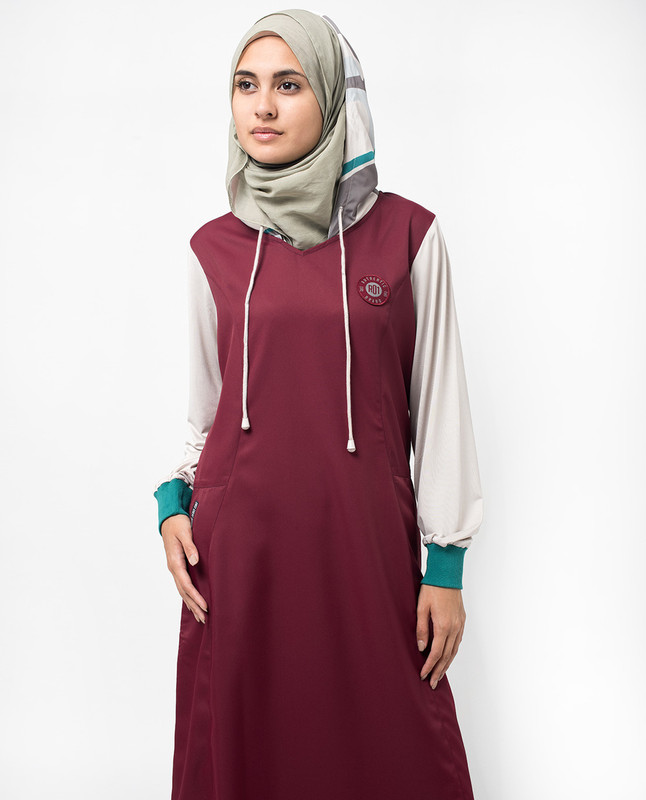 Maroon Hooded Colour Block Print Jilbab