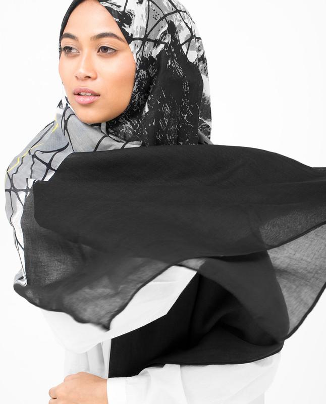 Black Abstract Print Viscose Hijab