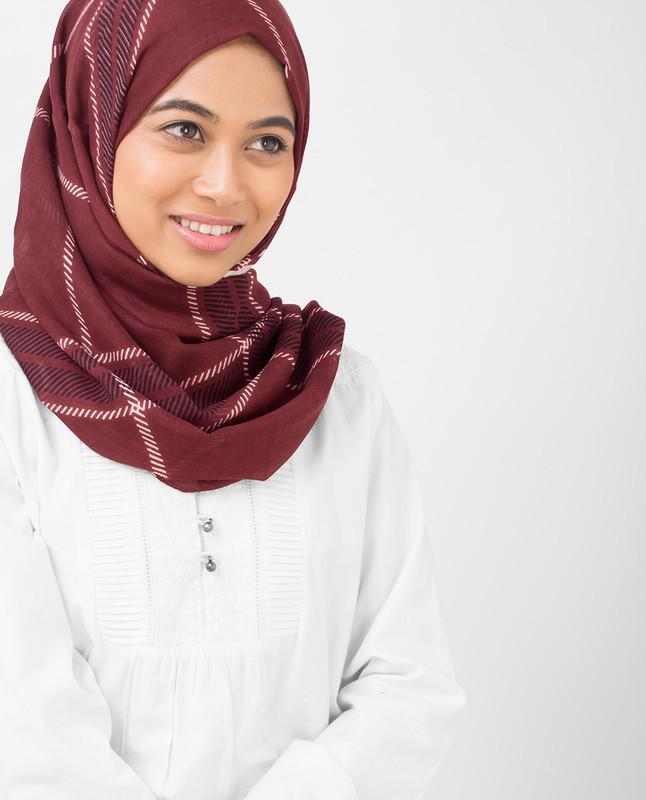 Burgundy Check Viscose Hijab
