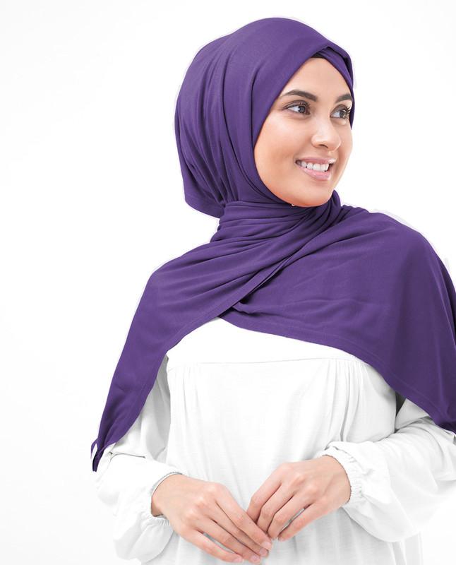 Hijab violet scarf