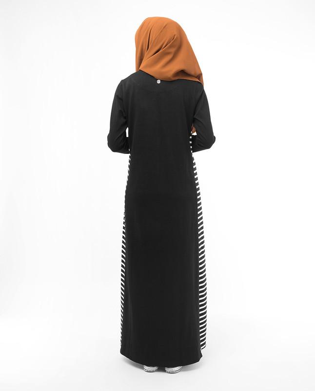 Modest fashionable muslim black abaya jilbab