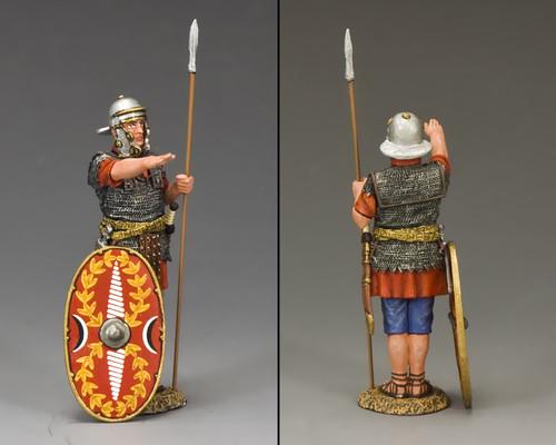 King & Country LOJ039 Roman Auxiliary Saluting