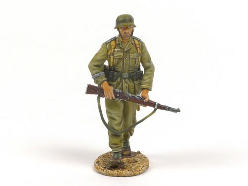 First Legion DAK006 Das Deutsche Afrika Korps Infantry Walking with Rifle