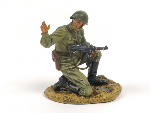 First Legion RUSSTAL003 Sergeant Kneeling with Trophy MP40