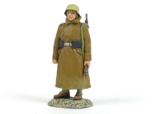 King & Country AK068 Rifleman in Greatcoat on Guard Duty World War II Afrika Korps