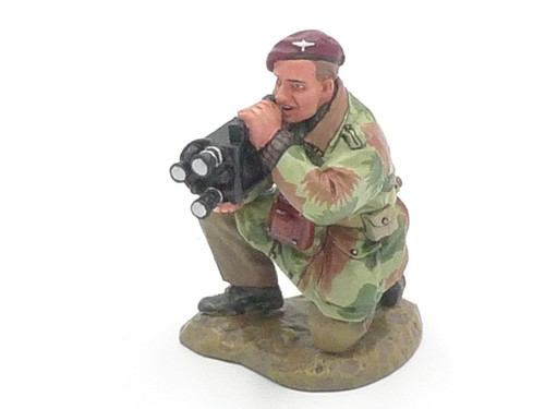 King & Country Soldiers MG030 Army Photographic Unit Cameraman Market Garden