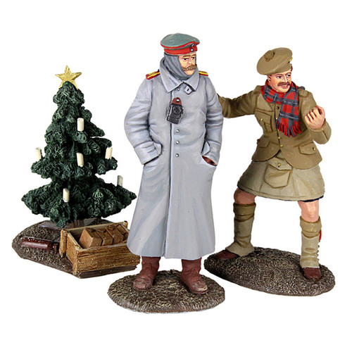 WBritain Soldiers Look At Him Go - 1914 Christmas Truce Set No. 2