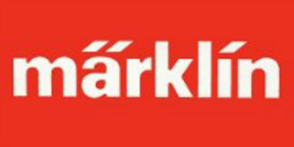 Best Model Trains on YouTube - Model Railway Traffic on a Marklin Railroad Layout in HO Scale