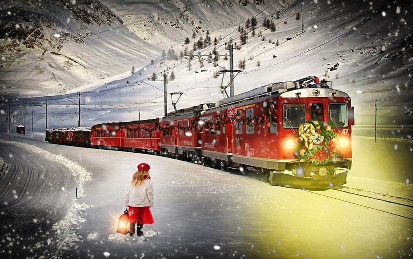 Trains and Toy Soldiers - just the best place to get your trains for Christmas