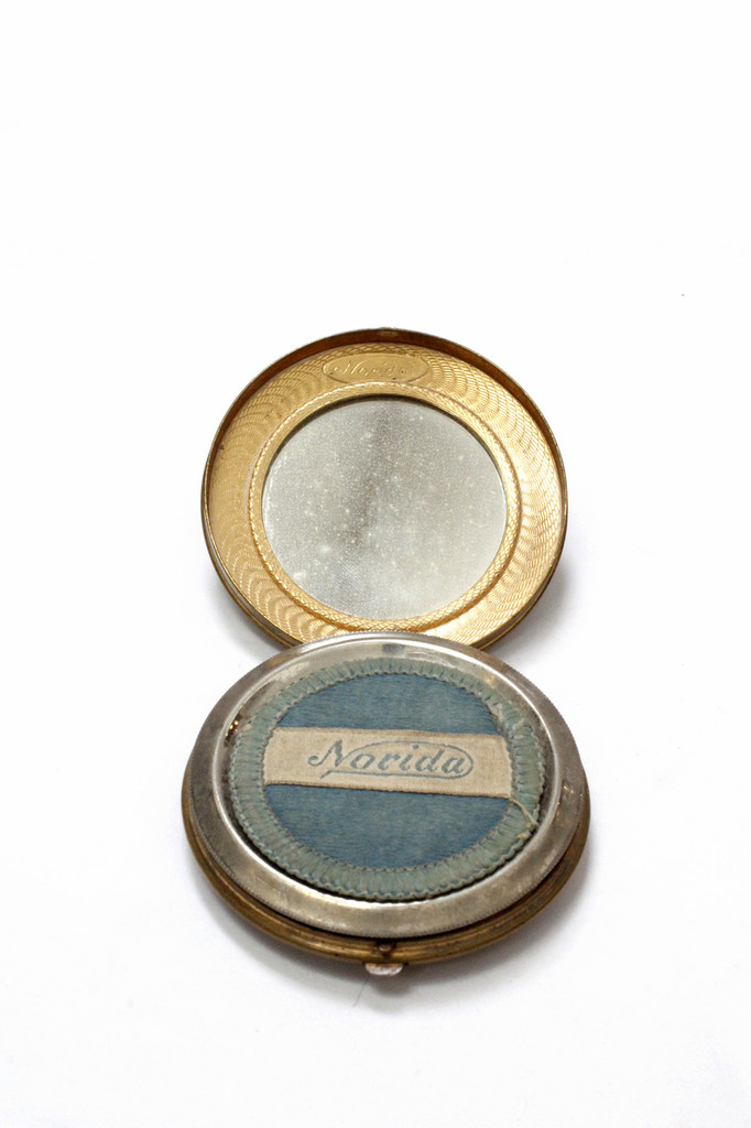 Vintage Norida Gold Colored Beauty Powder Compact