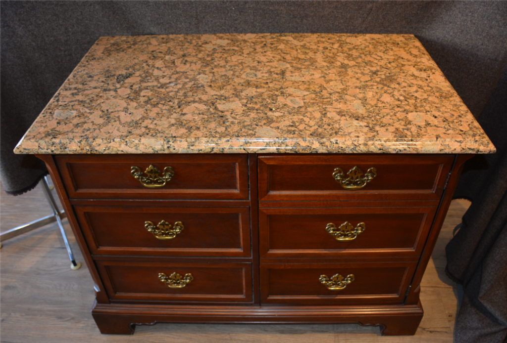 Hall Unit with Granite Top from Hotel Macdonald