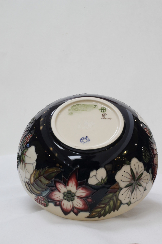 Moorcroft - Bramble Revisited Bowl - 711/6
