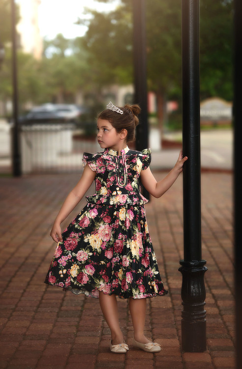"""LUCIA DRESS BOUNTIFUL FLORAL"""