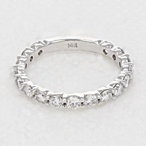 Shared Prong Wedding Band (LB145B)
