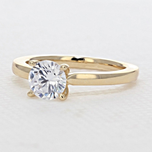 Solitaire Engagement Ring with 7.5mm Moissanite (SO11-M)