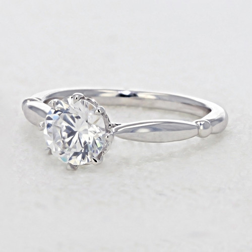 Solitaire Moissanite Engagement Ring (AV23-M)