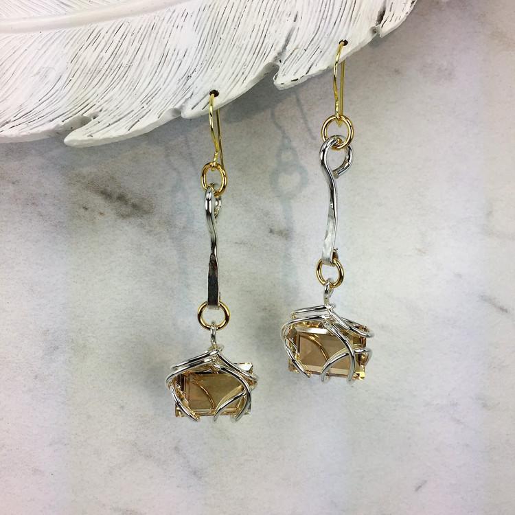 Drop Bar Step Rectangle Earring