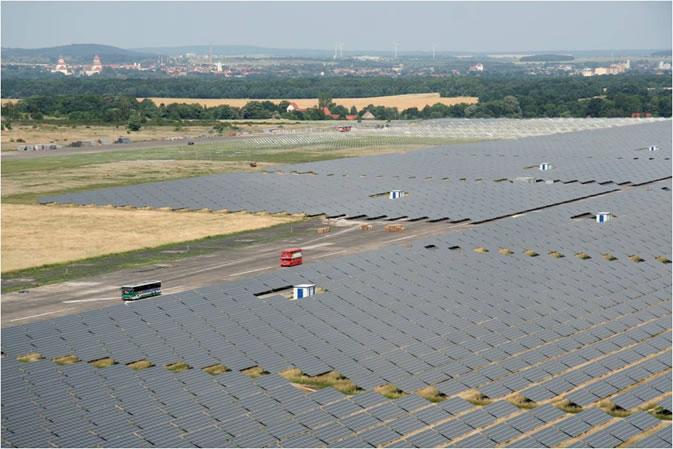 solarkraftwerk-waldpolenz-40mw-cdte-thin-film-solar-plant-in-germany.jpg