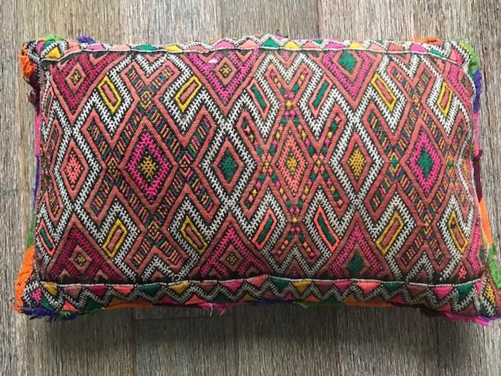 Birdie Vintage Berber Cushion