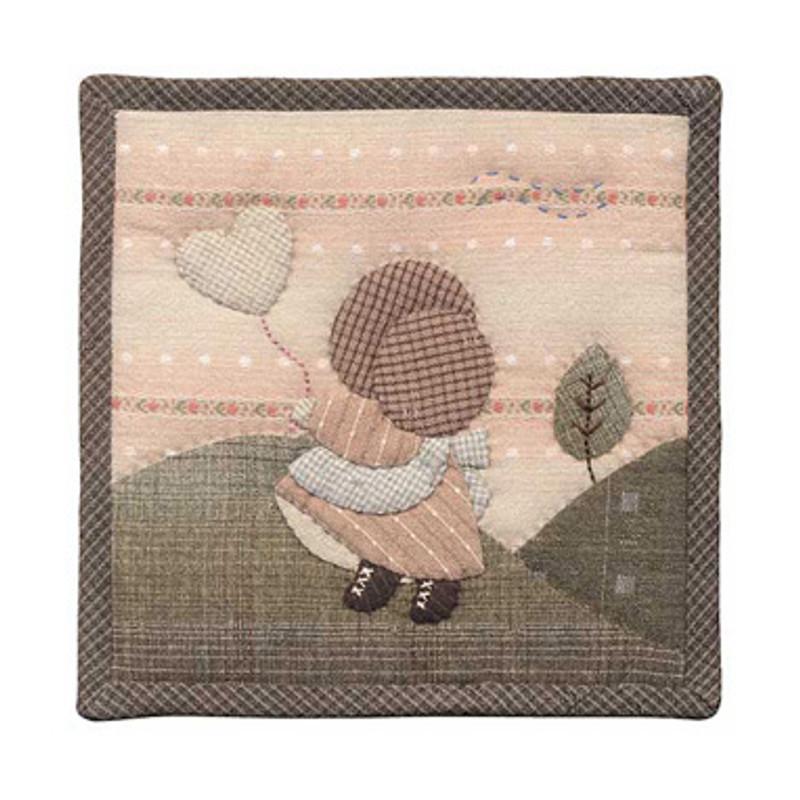 Olympus Patchwork Kit Girl in Bonnet Small Quilt PA-504