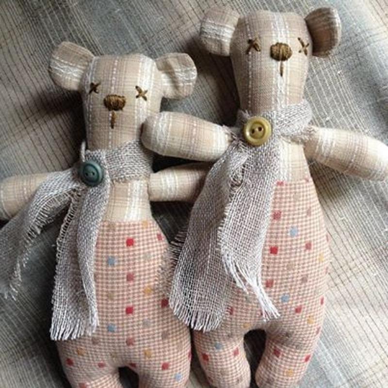 Teeny Teddies by Rosalie Quinlan NQ-TT