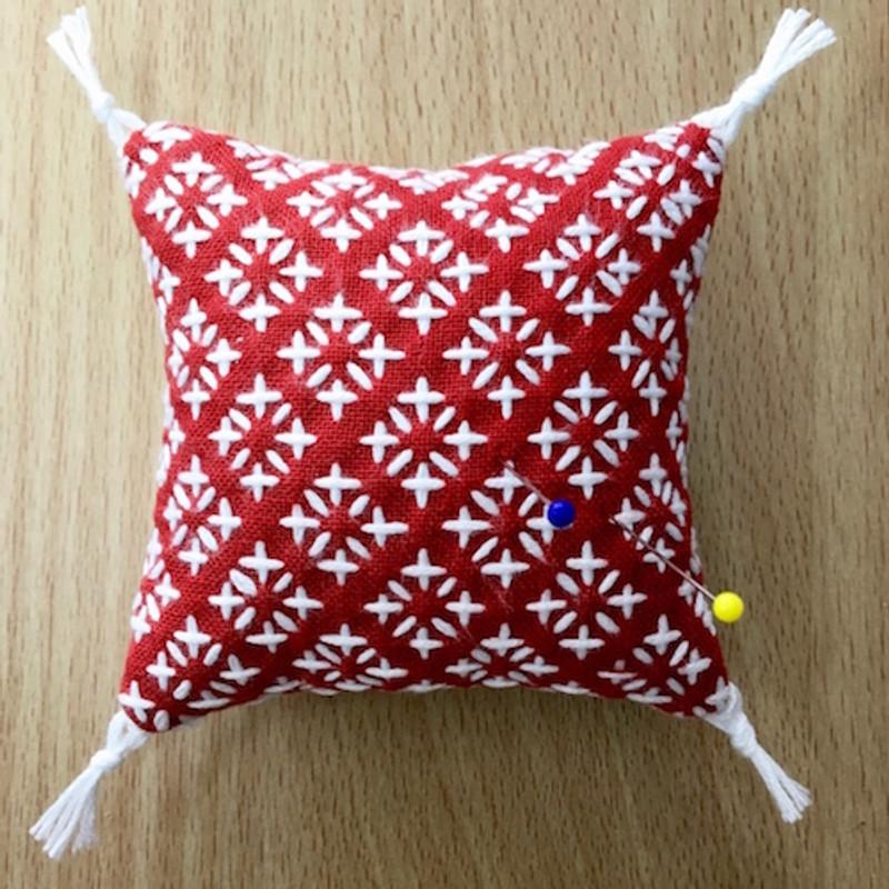 6 x Komezashi (Rice Stitch) One Stitch Sashiko Pincushion/Coaster Kit SKK-001