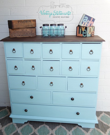 Dixie Belle's Sea Glass Paint Looks Incredible on This