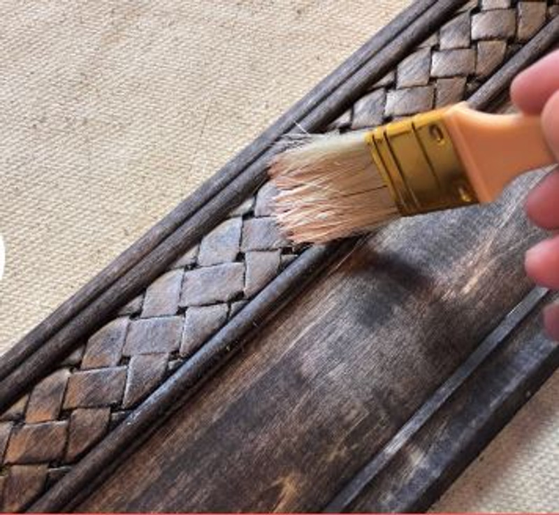 5 Quick Tips for Painting Furniture!