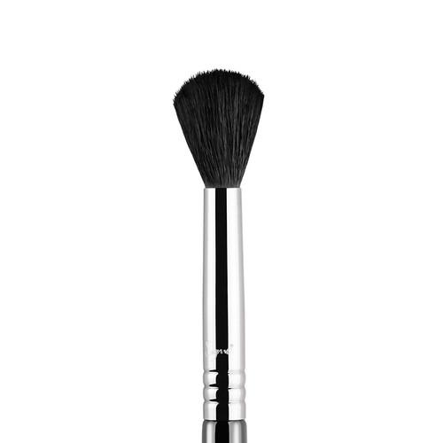 Sigma Beauty Tapered Blending - E40