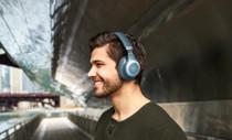 JBL E65BTNC Blue Wireless over-ear NC headphones