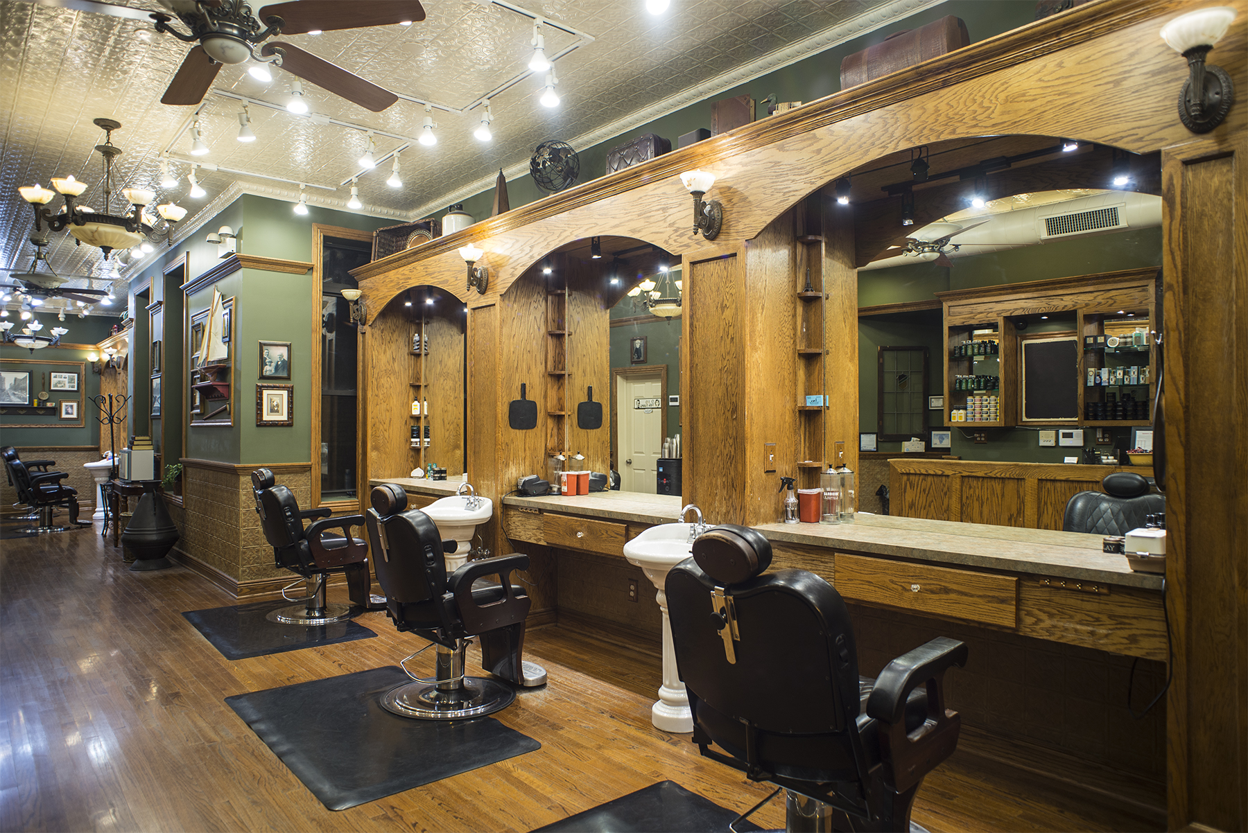 Chicago Haircut Grooming Services State Street Barbers