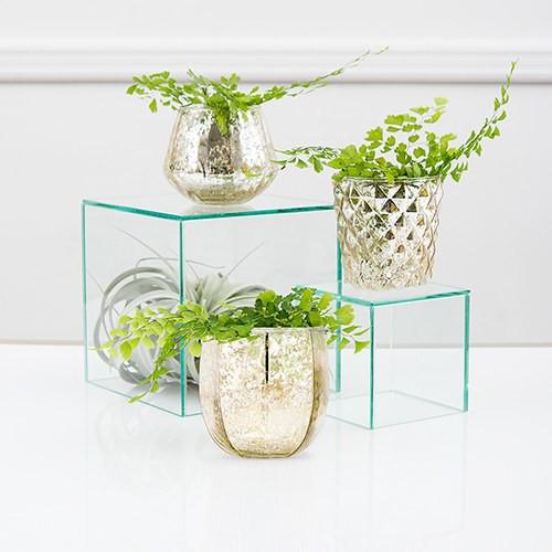 Modern gold candle holders flower centerpiece geometric