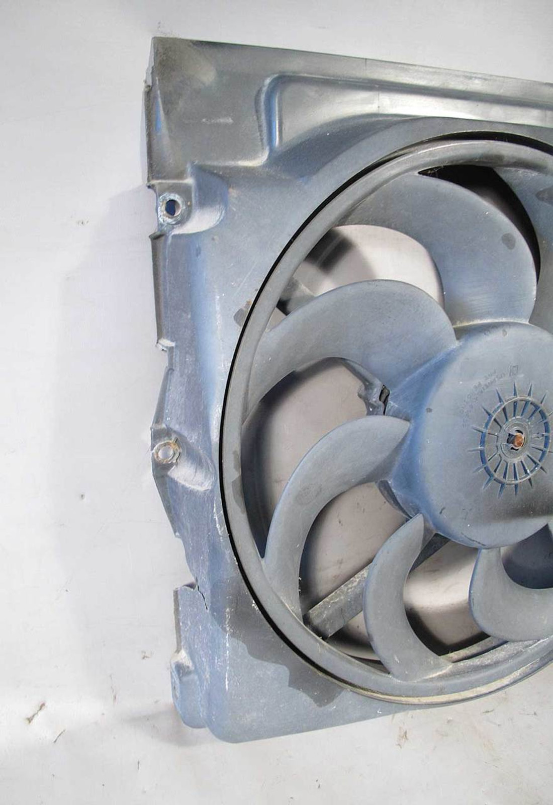 Bmw E36 3 Series Auxiliary Electric Pusher Ac Fan W Cracked Shroud Wiring