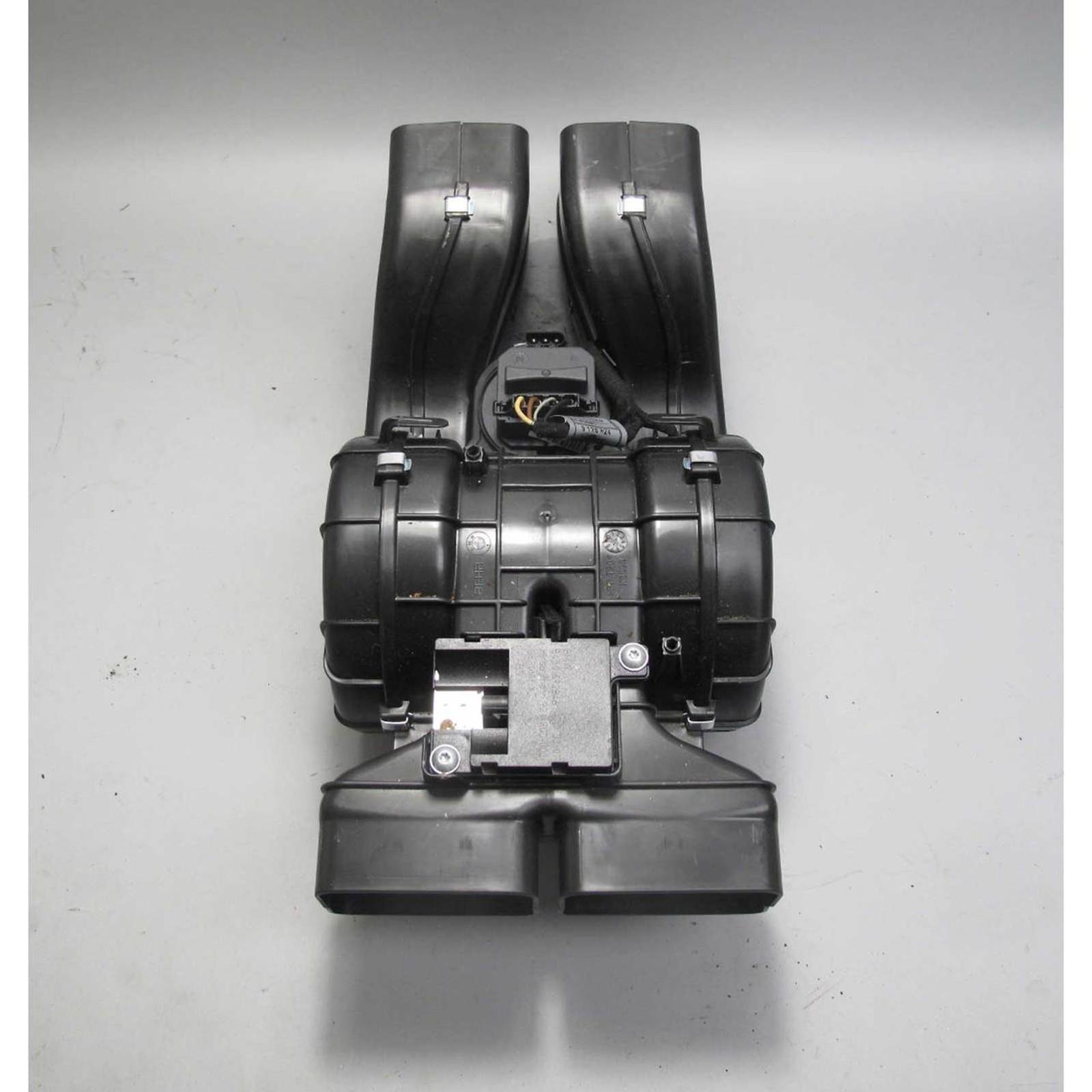 2007 2017 Bmw E70 F15 X5 Hvac Blower Motor For Rear Seats W Housing