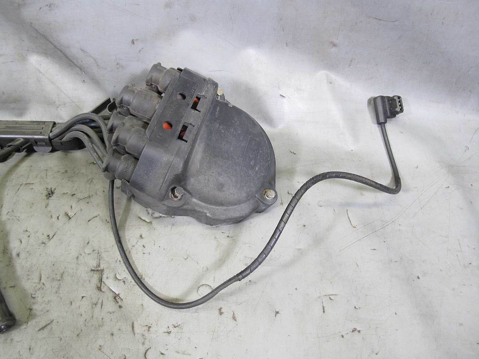 Bmw E34 535i E32 735i 35l M30 Factory Distributor Cap And Ignition Headlight Wiring