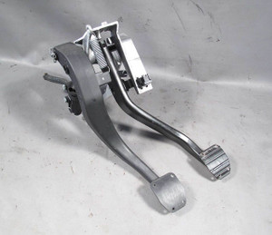 2008-2013 BMW E90 3-Series 1-Series Manual Clutch Pedal Assembly w Pedal Holes