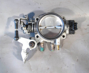 1994-1995 BMW E34 525i M50 6-Cylinder Main Throttle Body Housing Plate USED OEM